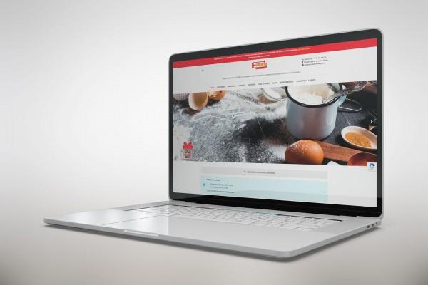 mock-up-laptop-confiteria-emilio-marin